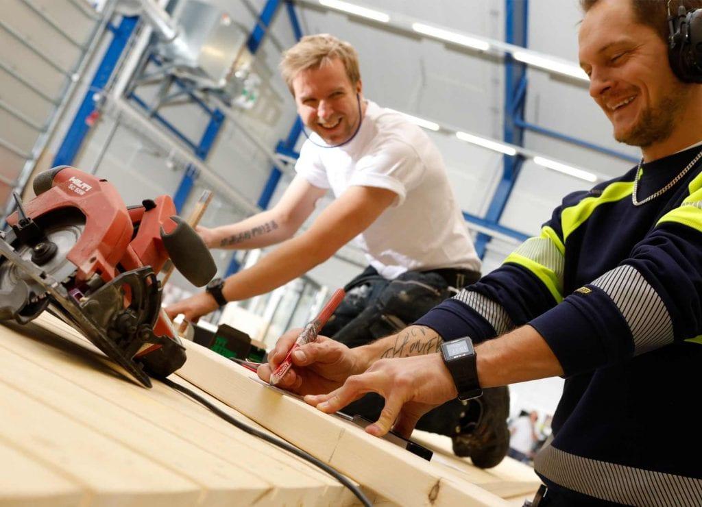 hustillverkare i fabriken