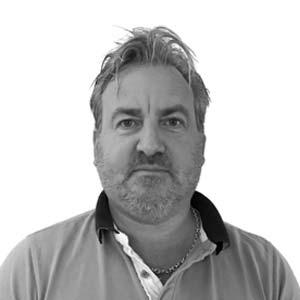 Johan Eklöf är Borohus säljare i Linköping